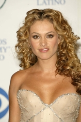 Paulina Rubio Curly Hair #3