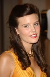 Maggie Grace natural hair color