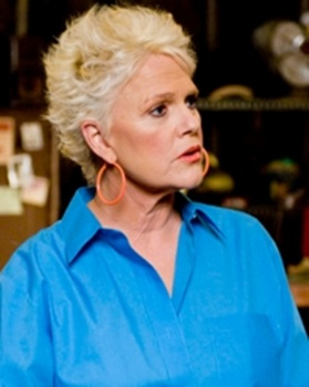 Snowy Haired Sharon Gless Rocks On Burn Notice - Sharon Gless - Burn Notice - USA TV - All Rights Reserved