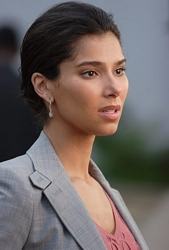 Image of Roselyn Sanchez as Elana on Without A Trace - Photo: Eric Liebowitz/CBS ©2006 CBS Broadcasting Inc. - All Rights Reserved.