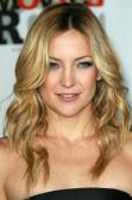 Kate Hudson With Blonde Beachy Waves