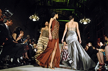 fashionrunway29_250h