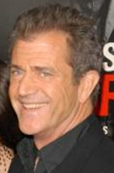 FOX LETHAL WEAPON 3: Mel Gibson (Pictured) stars as L.A. detective Martin Riggs on the Network Broadcast Premiere of Lethal Weapon 3 Thursday, Jan. 13 (8:00-10:30 PM ET/PT) on FOX. ©1999 FOX BROADCASTING COMPANY