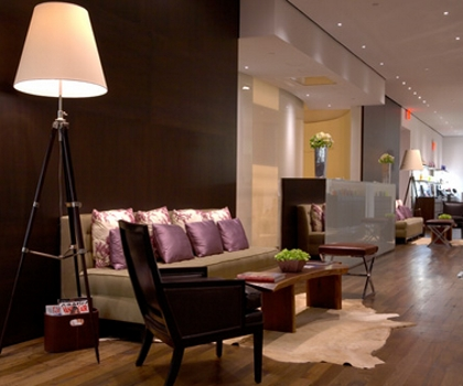 Fifth Avenue Salon - New York - All Rights Reserved