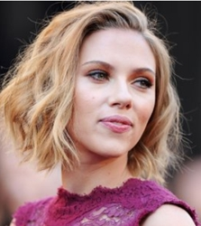 Scarlett Johansson At 2011 Academy Awards