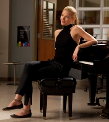 Gwyneth Paltrow With No Part And Pony On Glee - Fox/TV - All Rights Reserved