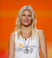 Gwyneth Paltrow With Soft Center Part