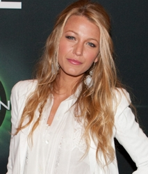 Blake Lively natural hair color