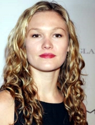 Julia Stiles With Long Curly Hair