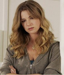 Emily VanCamp on Brothers & Sisters