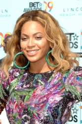 Beyonce With Golden Blonde Hair
