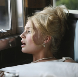 Side Beehive On Margot Robbie On Pam Am