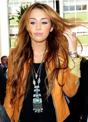 Miley Cyrus With Super Long Hair Extensions