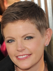 Natalie Maines Buzz Haircut