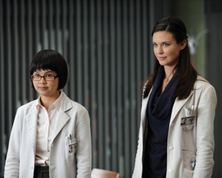 Charlyne Yi as Park and Odette Annable as Adams On House