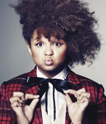 Rachel Crow With Natural Curls On X Factor - Round Face Shape