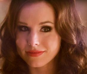 Kristin Bell As Brunette