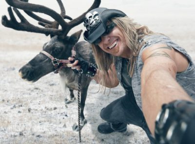Hairy Bed Bugs - Billy The Exterminator - A&E - Billy Bretherton - Takes on the biggest pests & wildest animals of the Great White North.