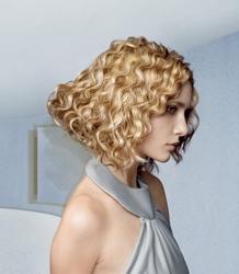 Medium Length Wurly Hair