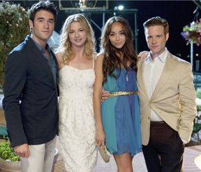 Ashley Madekwe With Revenge Co-stars