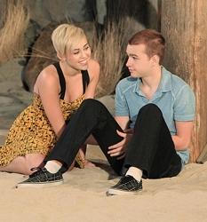 Miley Cyrus Platinum Blonde Crop