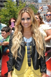 Demi Lovato Long Blonde Hair