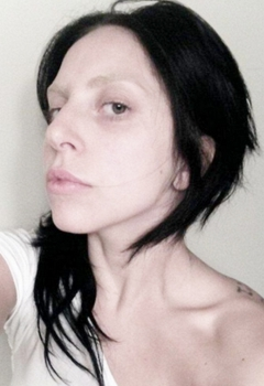 Lady Gaga Brunette And Makeup Free
