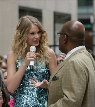 Taylor Swift With Al Roker On NBC Today Show - NBC - All Rights Reserved
