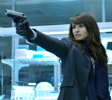 Mia Maestro as Nora Martinez – The Strain – CR: Michael Gibson/FX Copyright 2014, FX Networks. All rights reserved.