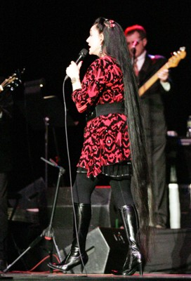Crystal Gayle Crystal Gayle in Concert at Foothills Performing Arts Center in Oneonta - December 11, 2011 - See more at: http://www.prphotos.com/p/OLZ-001004/crystal-gayle-at-crystal-gayle-in-concert-at-foothills-performing-arts-center-in-oneonta--december-11-2011.html?&ps=14&x-start=6#sthash.hoBgpf5l.dpuf