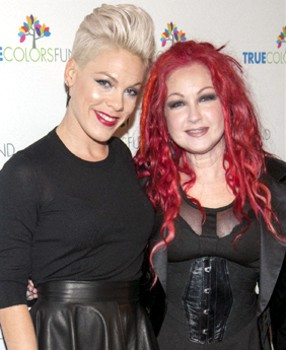Pink And Cyndi Lauper - PR Photo - All rights Reserved