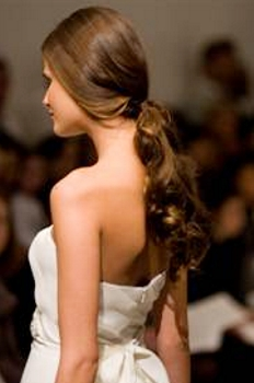 Blog about Beautiful Winter Bridal Hairstyles