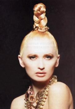 Hair & Makeup: Sherri Jessee - Photo: Roberto Ligresti