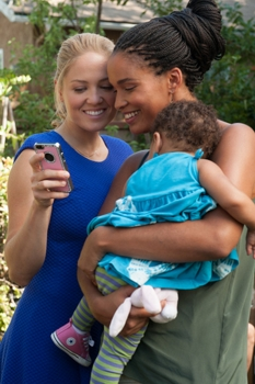 """PARENTHOOD -- """"The Scale of Affection is Fluid"""" Episode 605 -- Pictured: (l-r) Erika Christensen as Julie Braverman, Joy Bryant as Jasmine -- (Photo by: Colleen Hayes/NBC)"""