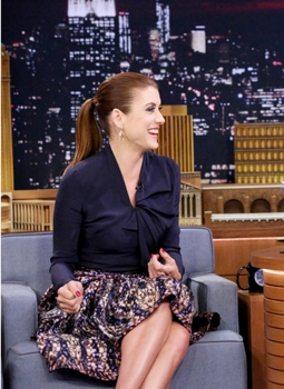 Kate Walsh Wearing Ponytail During Interview With Jimmy Kimmel - Actress Kate Walsh during an interview with host Jimmy Fallon on September 29, 2014 -- (Photo by: Douglas Gorenstein/NBC) Monday, September 29 on NBC (11:35 p.m.-12:35 a.m.)