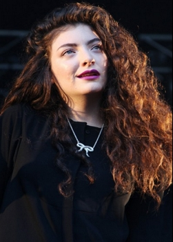Blog about Lorde's Gen Edge Hair