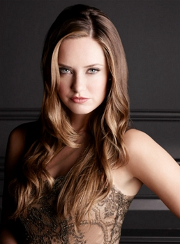 Pictured: Merritt Patterson as Ophelia in THE ROYALS  (Photo by Frank W. Ockenfels 3/E! Entertainment) 12/19/14
