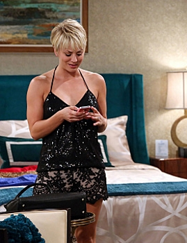 Kaley Cuoco as Penny - The Big Bang - CBS.com - All Rights Reserved
