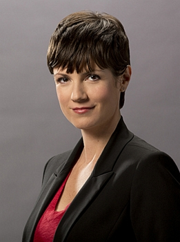 """Zoe McLellan as Meredith """"Merri"""" Brody on the CBS drama NCIS: New Orleans, premiering Tuesday, Sept. 23, 2014 on the CBS Television Network. Photo: Cliff Lipson/CBS 2014 CBS Broadcasting, Inc. All Rights Reserved"""