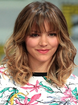 Katharine McPhee- Blonde Ombre hues at 2014 San Diego Comic Con International - Wikipedia.com - All Rights Reserved Comic Con International - Wikipedia.com - All Rights Reserved