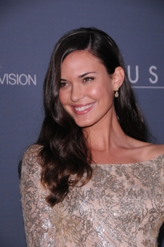 Blog about Odette Annable Hair Secrets