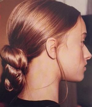 Nested Hair Knot From Giambattista Valli 2007 Runway Show - Hair by Orlando Pita-87_350h