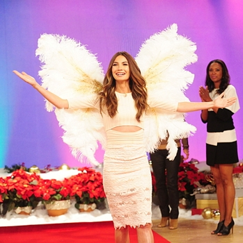 """Supermodel Lily Aldridge gives a preview of """"The Victoria's Secret Fashion Show"""" on The Talk in New York on Monday, Dec. 8, 2014 on the CBS Television Network. Photo: Heather Wines/©2014 CBS Broadcasting Inc. All Rights Reserved"""