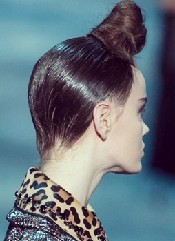 Redken Updo - Marc Jacobs - 2015 - Guido - All Rights Reserved
