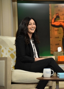 Shannen Doherty on Meredith Vieira Show (Photo by: Mike Coppola/NBC) -  2015 - NBCUniversal Media, LLC.