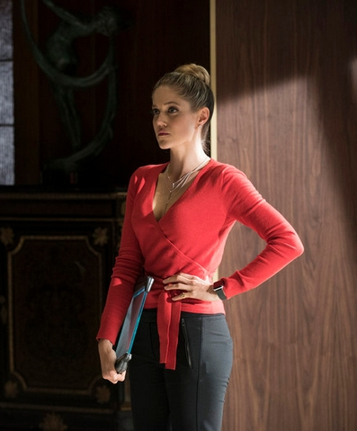 "THE PLAYER -- ""A House is Not a Home"" Episode 106 - Pictured: Charity Wakefield as Cassandra - (Photo by: Brandon Hickman/NBC) Thursday, November 5 on NBC (10-11 p.m. ET)"