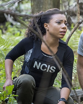 NCIS: NEW ORLEANS, the CBS Television Network. Pictured L-R: Shalita Grant as Sonja Percy - Photo: Skip Bolen/CBS ©2015 CBS Broadcasting, Inc. All Rights Reserved