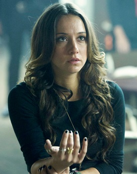 "Long Sexy Stella Maeve Hair - THE MAGICIANS -- ""The World in the Walls"" Episode 104 -- Pictured: Stella Maeve as Julia -- (Photo by: Carole Segal/Syfy)"