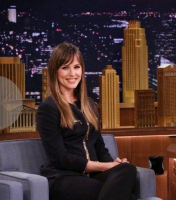 Jennifer Garner divulges Ben Affleck's parenting skills to Jimmy Fallon - NBC - All Rights Reserved
