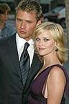 Ryan Phillippe & Reese Witherspoon Image 9594